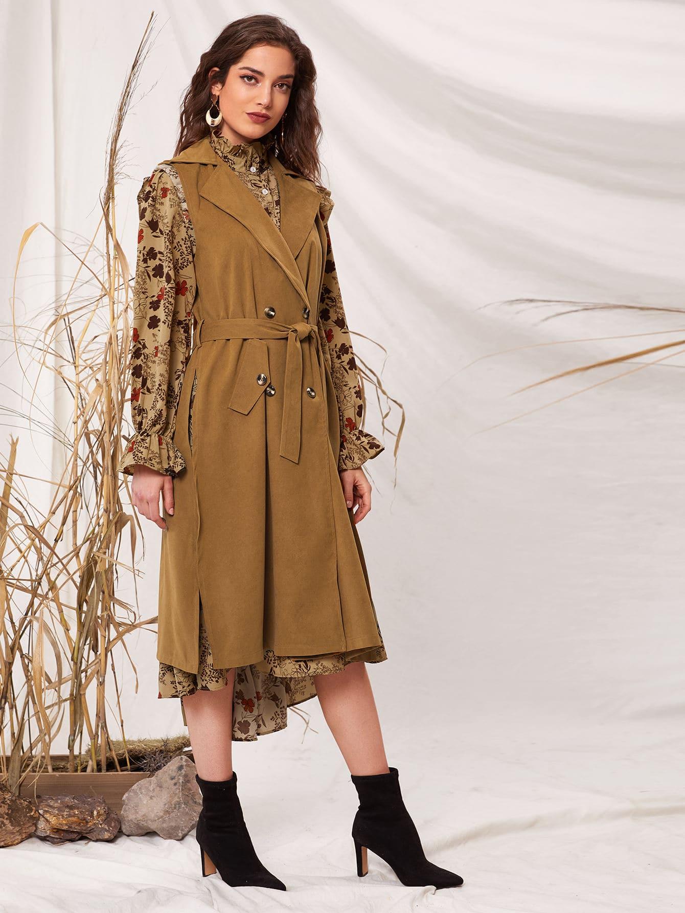 Однотонное пальто-жилет с поясом
