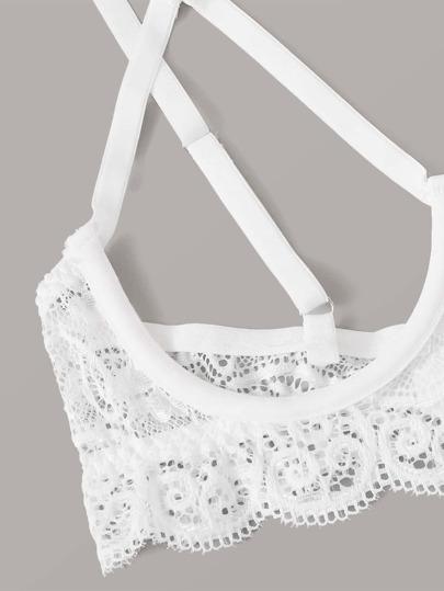 SheIn / Floral Lace Crotchless Underwire Lingerie Set