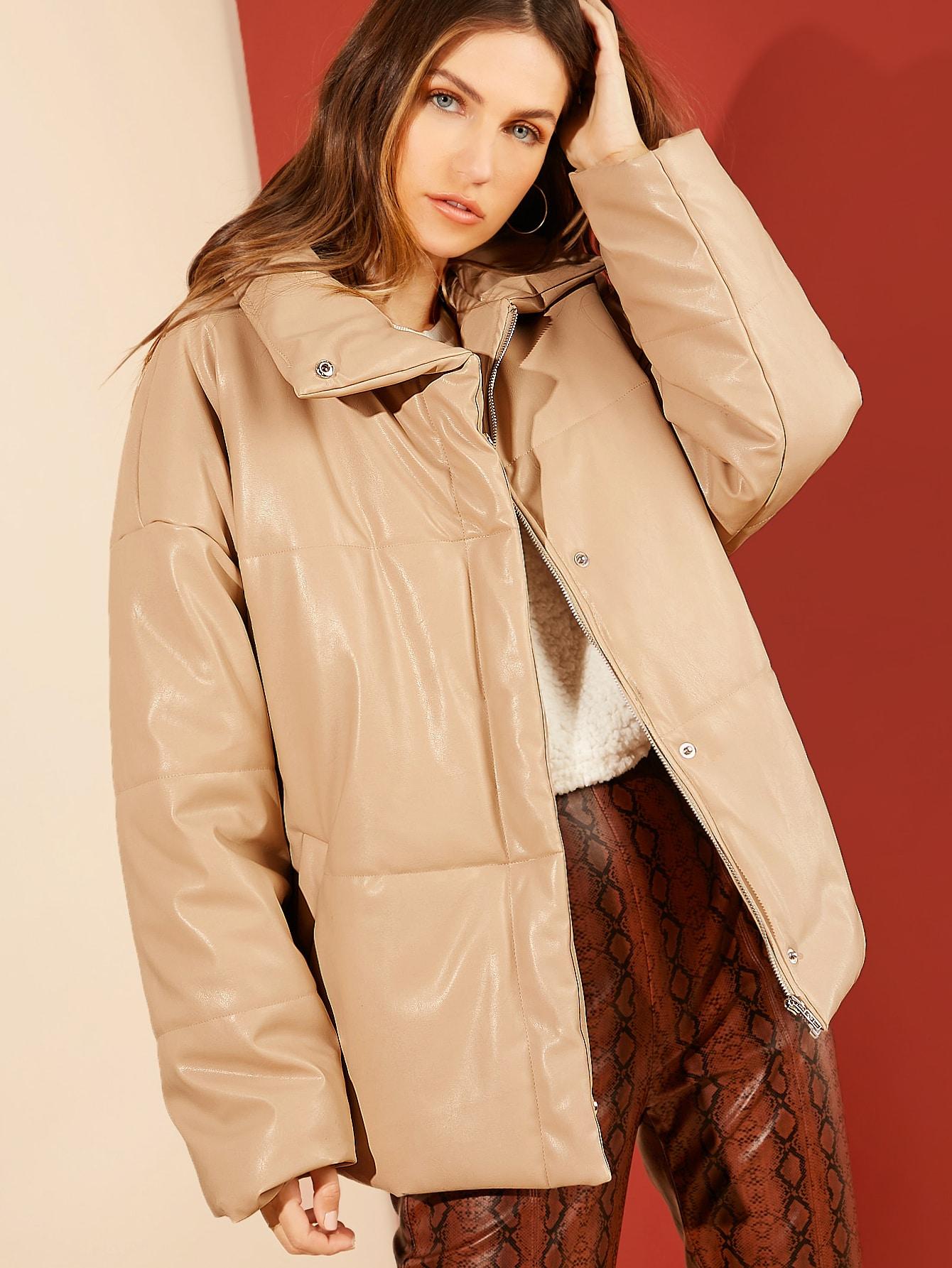 Пальто на синтепоне из искусственной кожи с молнией