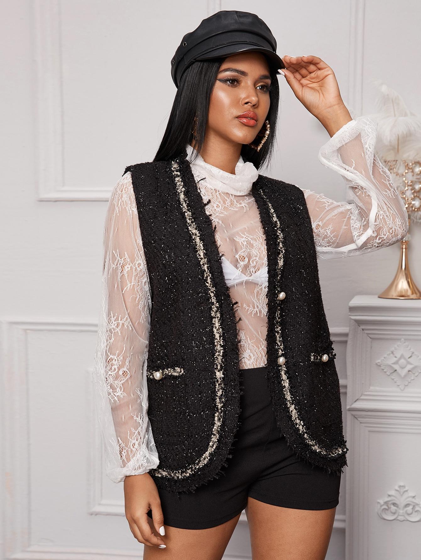 Твидовое пальто-жилет с пуговицами из жемчугов
