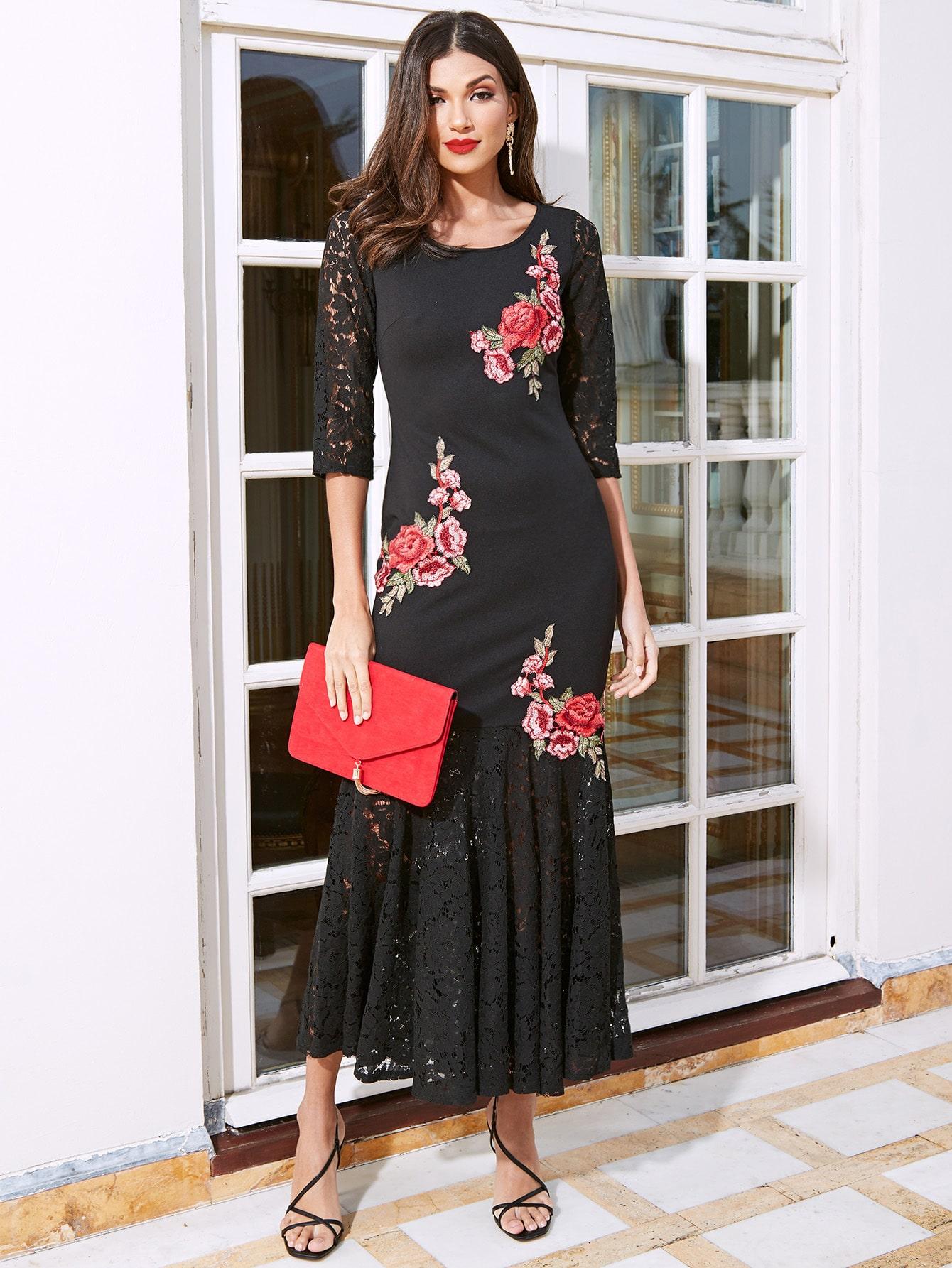 Платье-русалка с цветочной вышивкой и кружевом