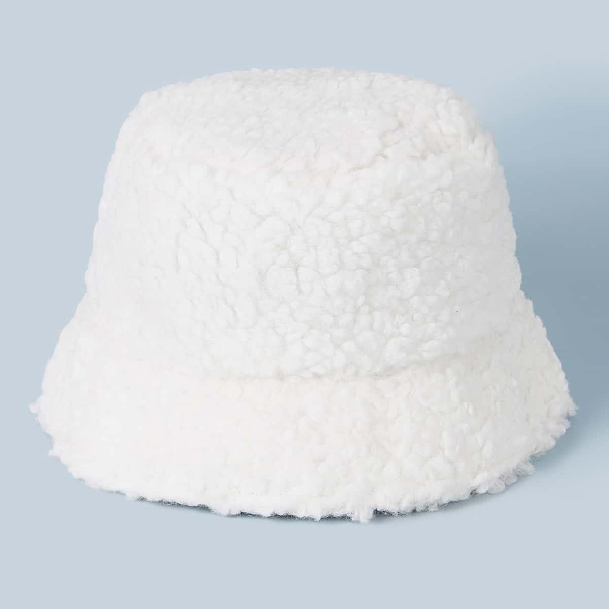 Кашемировая шапка из баранины от SHEIN