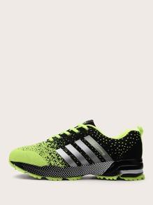 Sneaker | Stripe | Front | Men