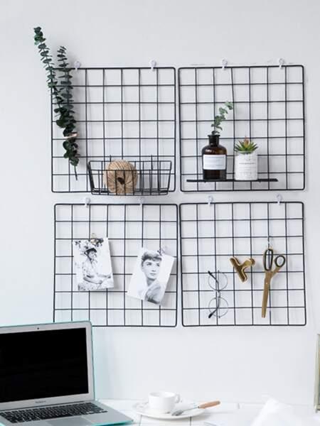 1pc Iron Grid Wall Hanging Decorative Rack