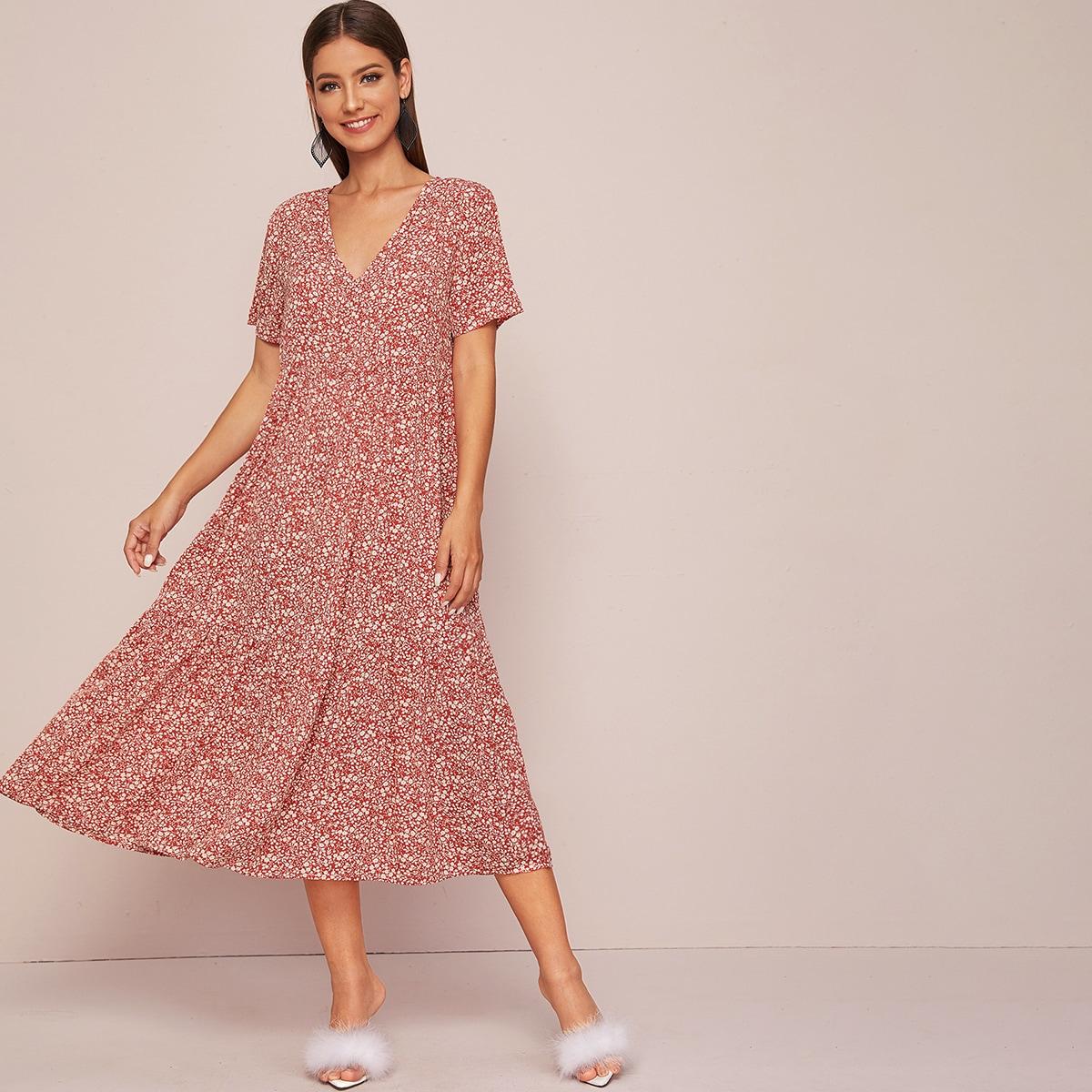 Цветочное платье с v-образным вырезом
