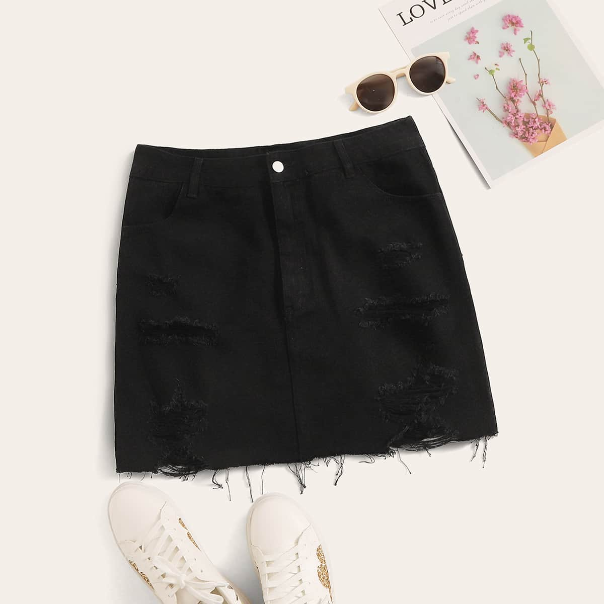 Рваная прямая джинсовая юбка размера плюс с пуговицами