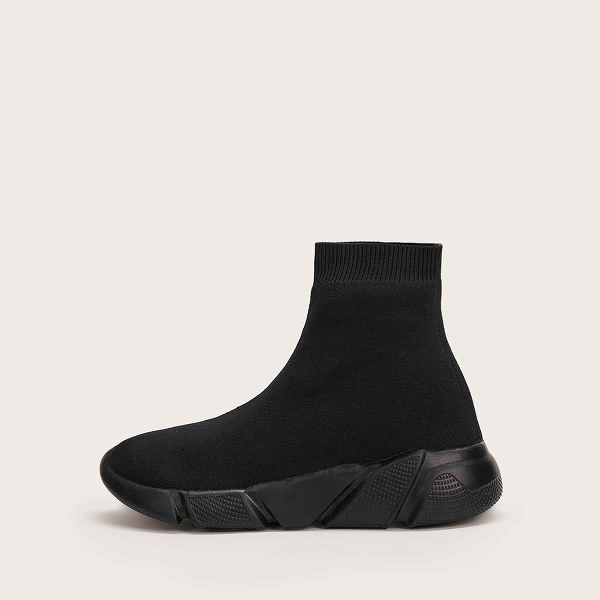 Модные кроссовки от SHEIN