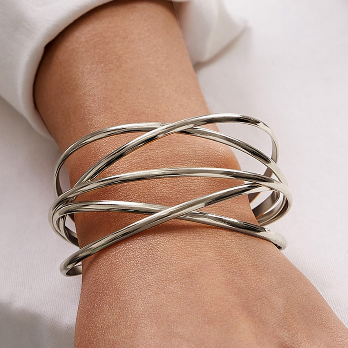 SHEIN / 1pc Metallic Wickelmanschette Armband