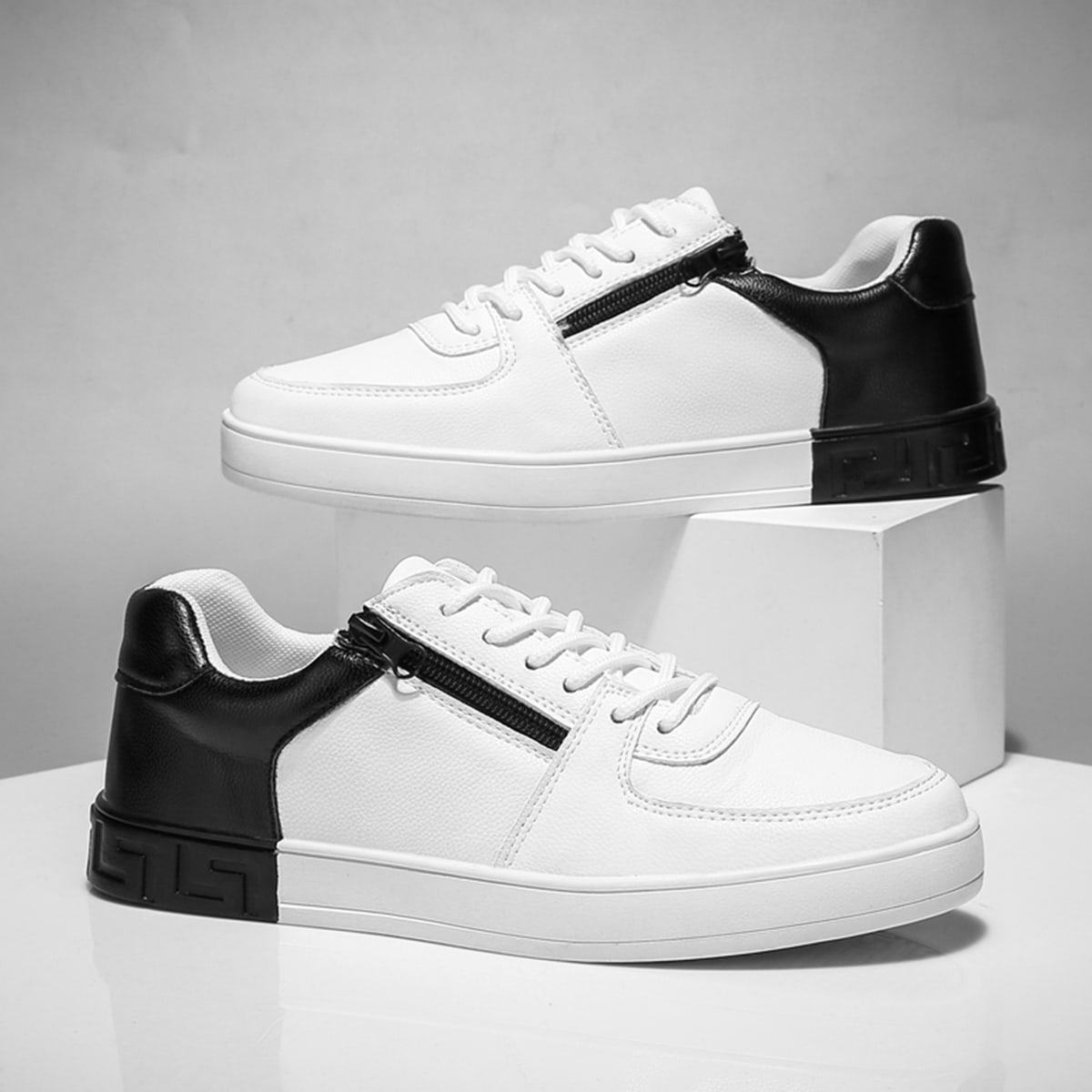 SHEIN / Men Two Tone Zip Decor Sneakers