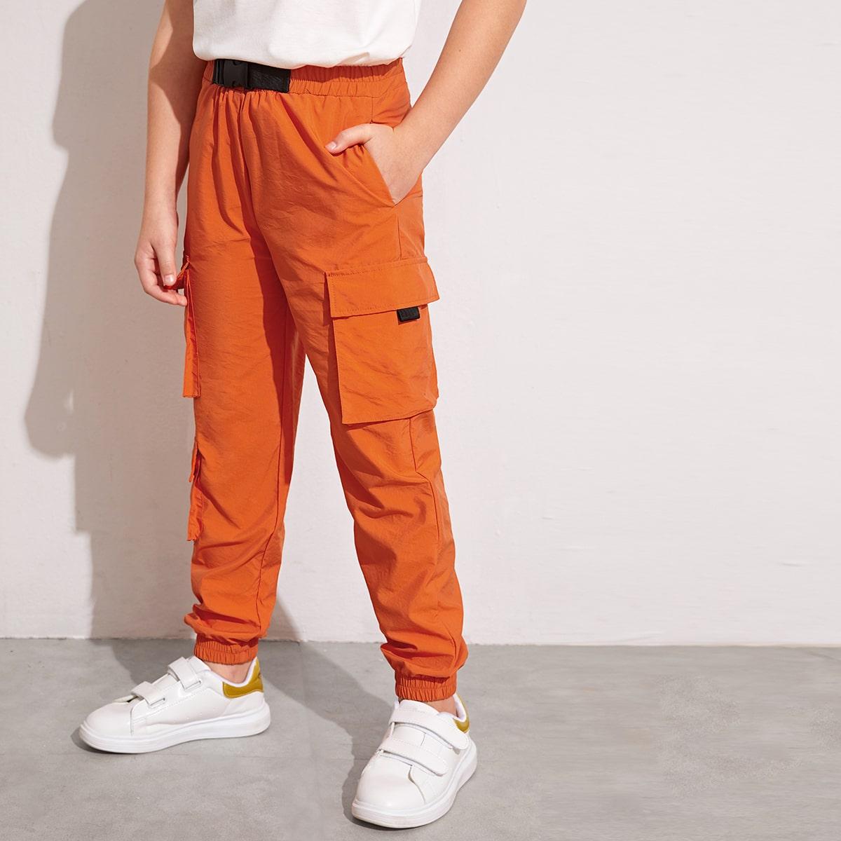 Неоновые оранжевые брюки-карго для мальчиков от SHEIN