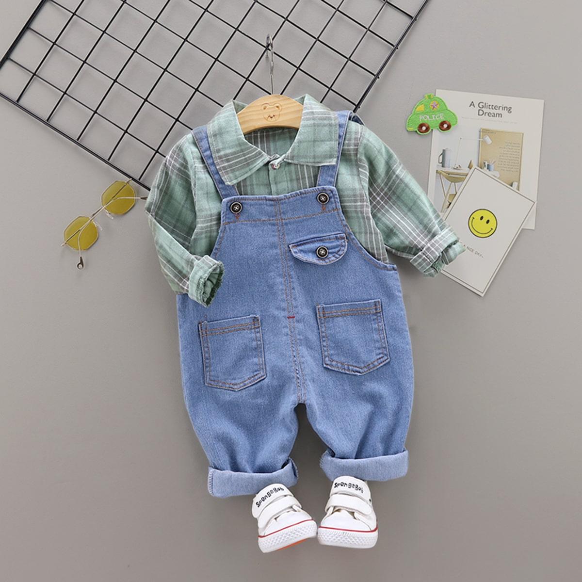 Рубашка в клетку с пуговицами и джинсовый комбинезон для мальчиков от SHEIN