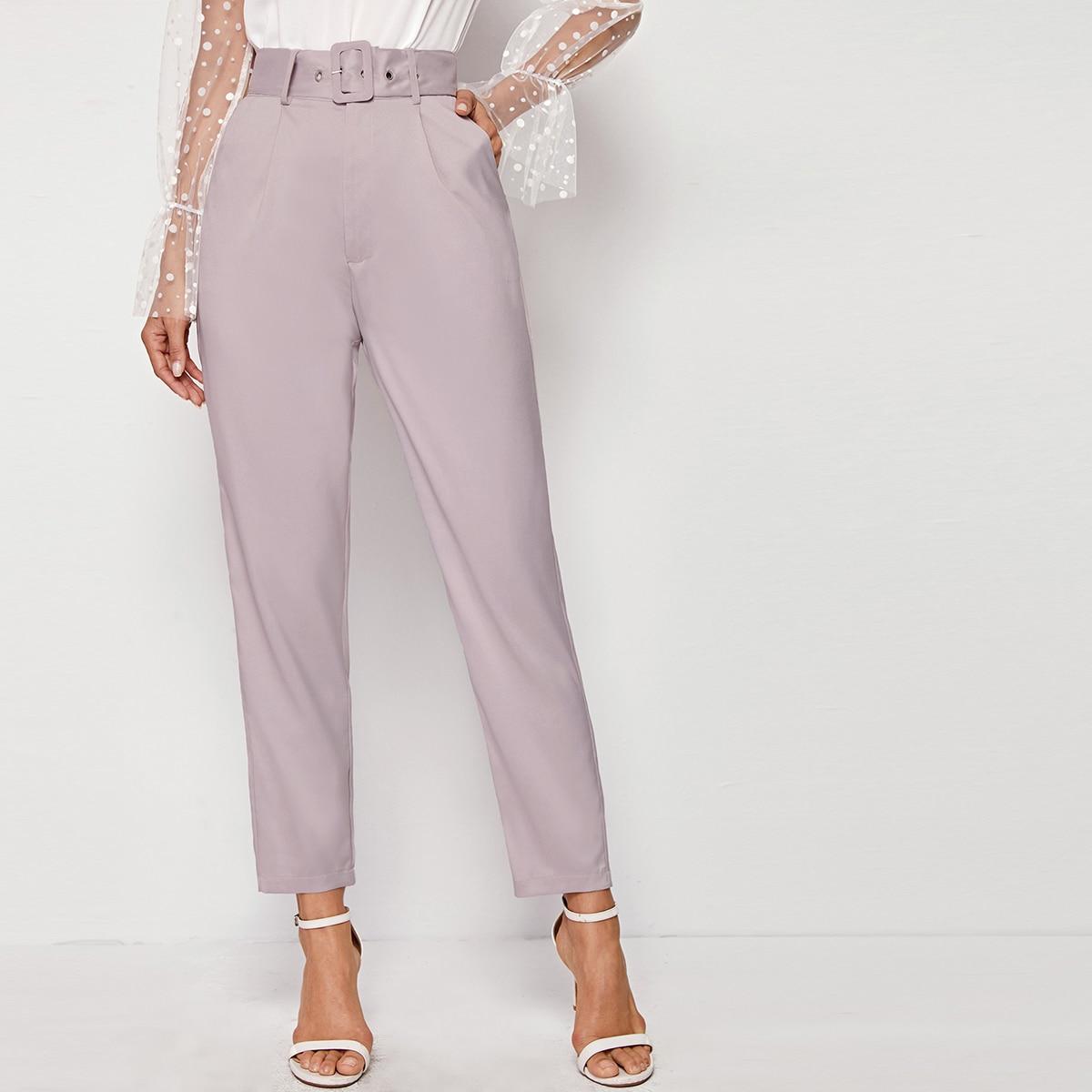 SHEIN / Pantalones cortos con cinturón ajustable