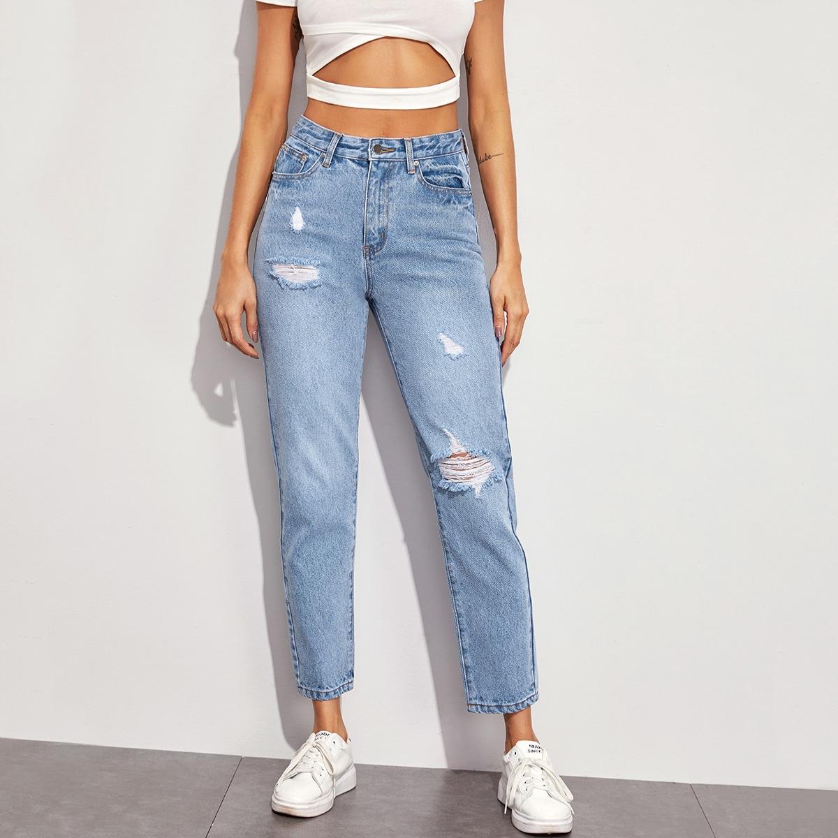 Однотонные рваные джинсы мом