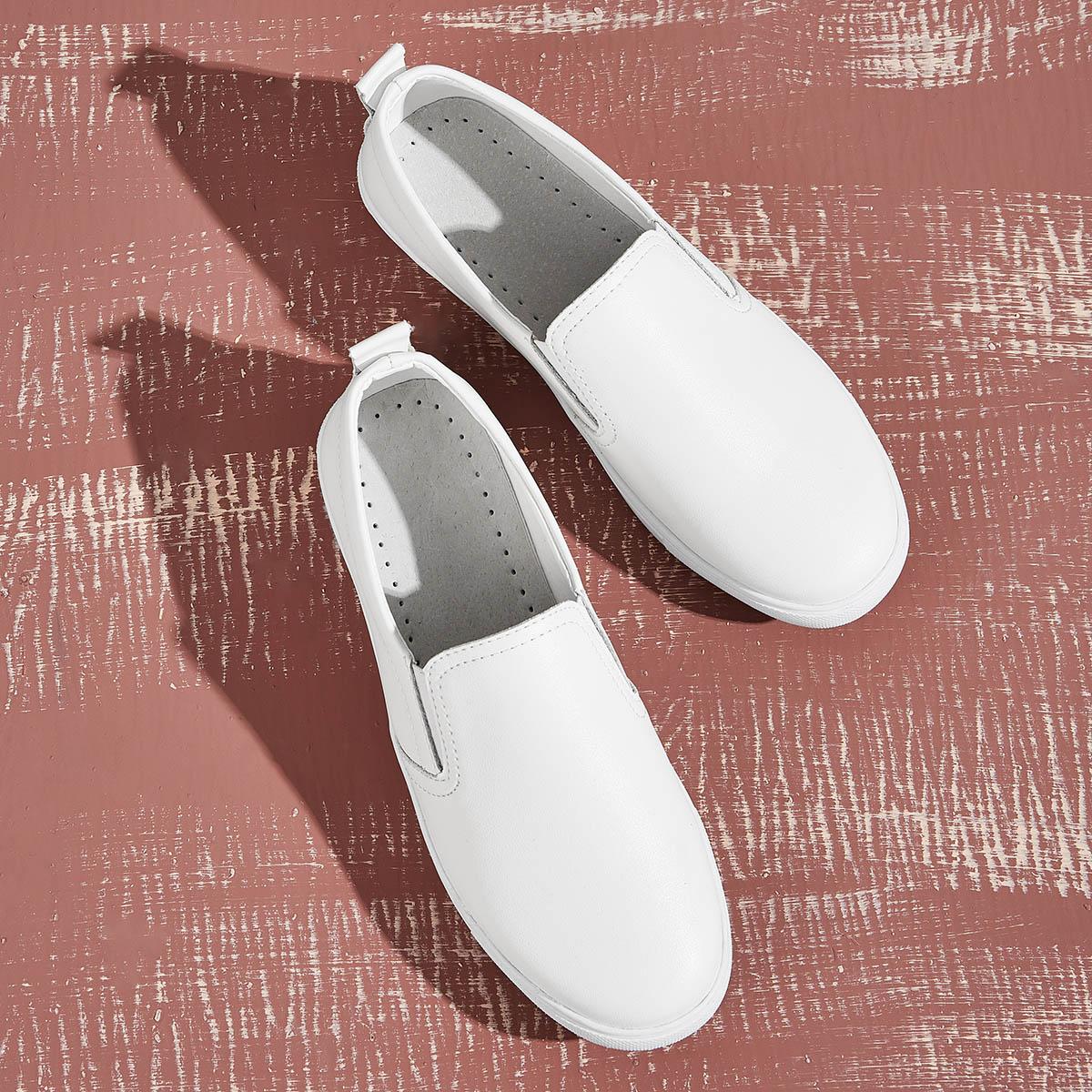 Кроссовки без шнурки от SHEIN