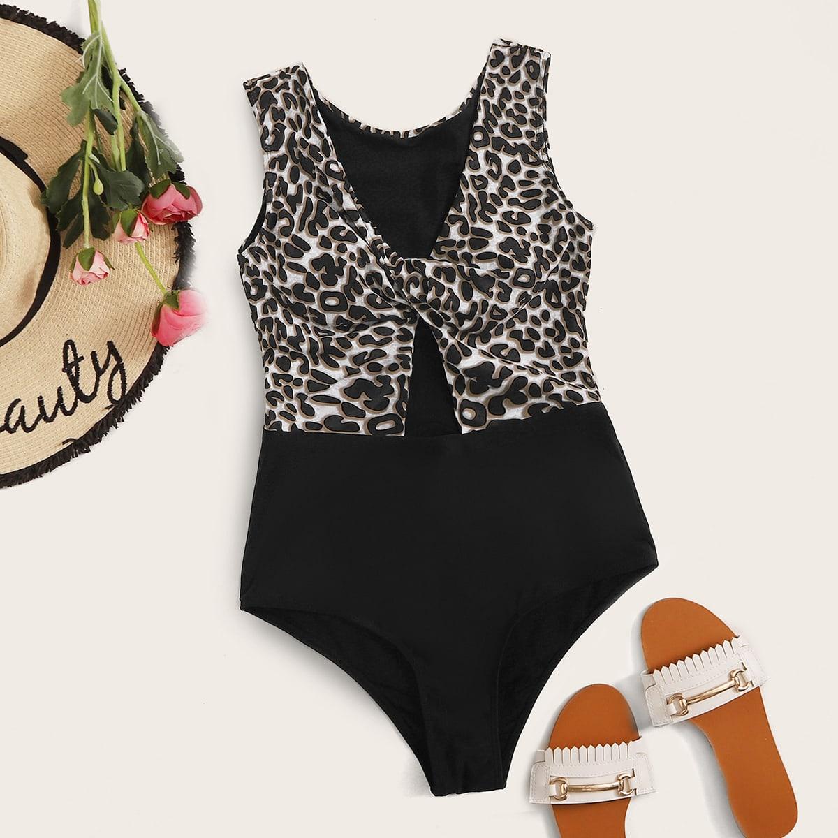 Леопардовый слитный купальник с драпировкой фото