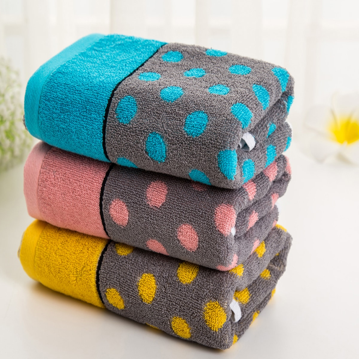 1pc handdoek met polkadotprint