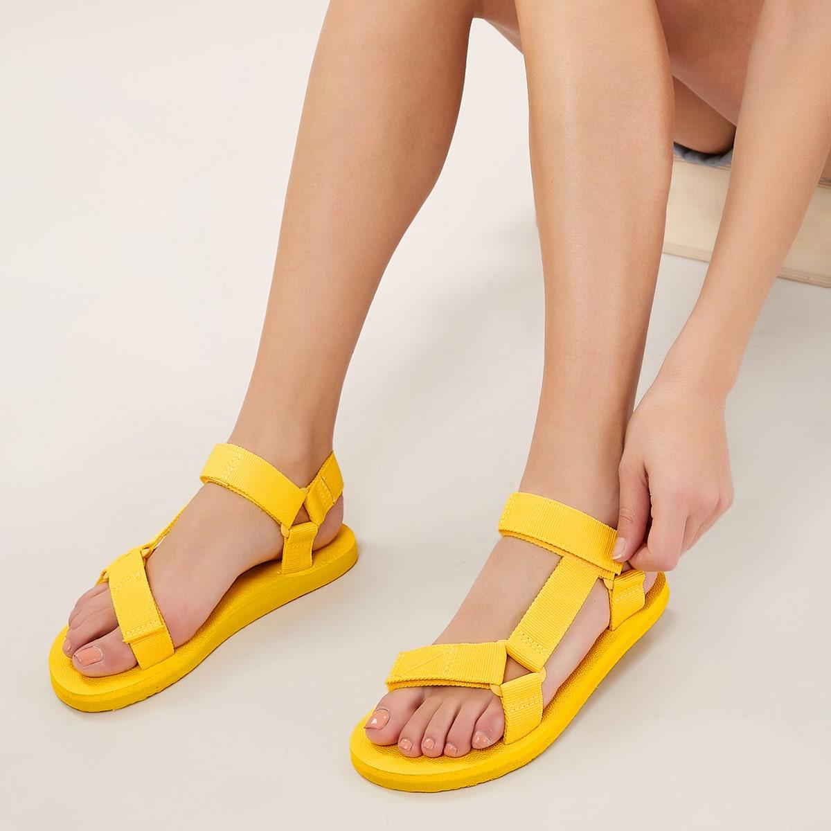 Сандалии с открытым носком на липучке