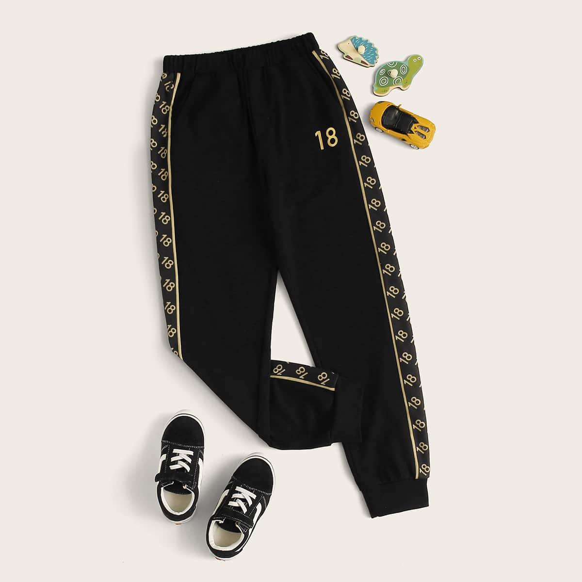 Спортивные брюки с цифровым принтом для мальчиков от SHEIN