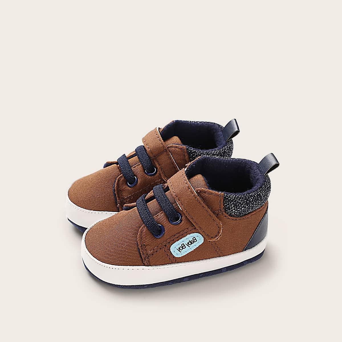 Кроссовки на липучке и шнурках для мальчиков от SHEIN