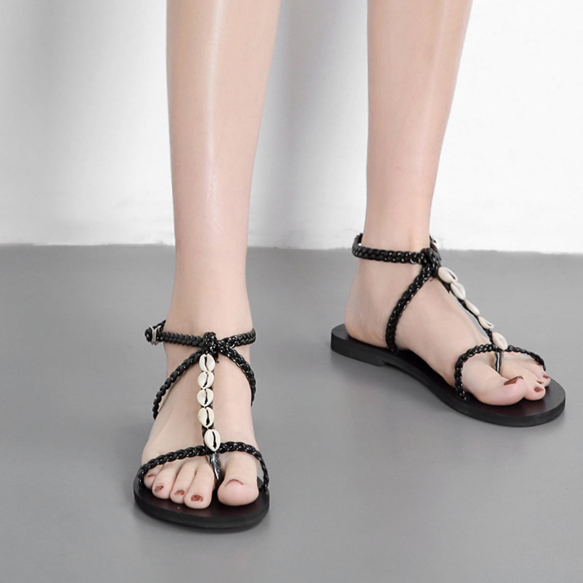 Sandalen met sandaal in gevlochten teen