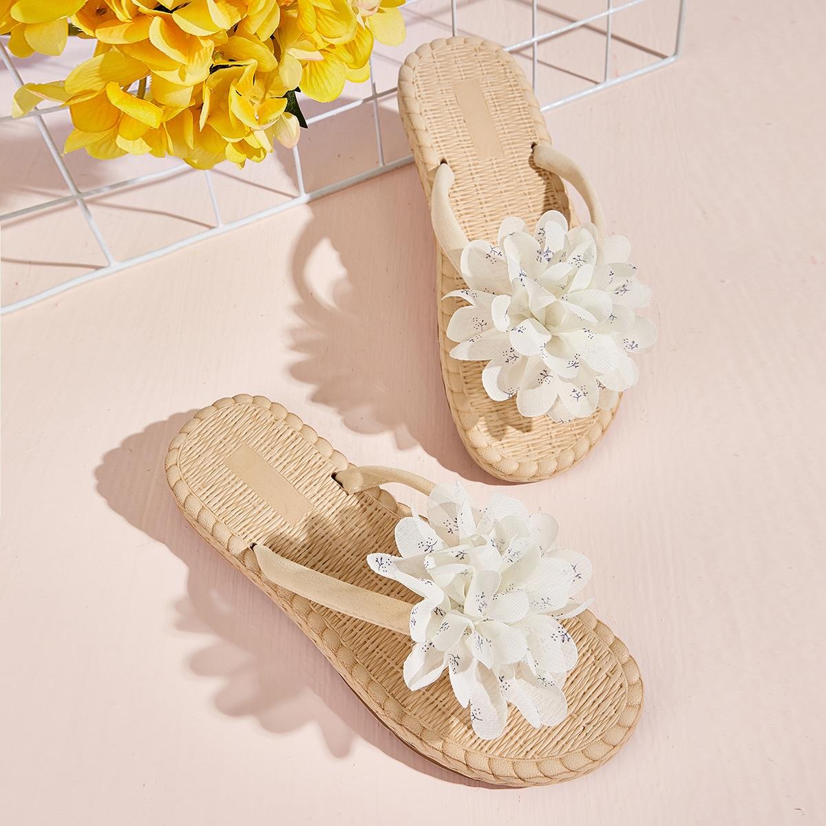 Сланцы с декором цветка 3D в форме плетеной подошве от SHEIN