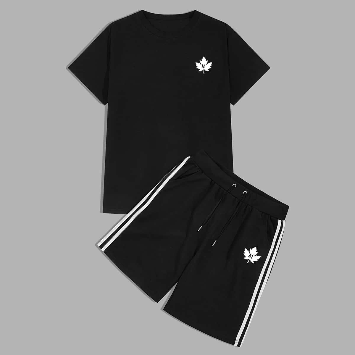 Camiseta de hombres con estampado de hoja con shorts de lado de rayas