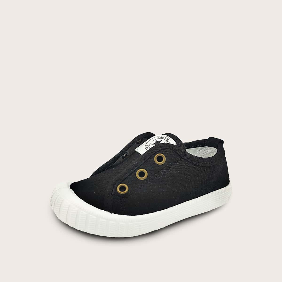 Модные кроссовки для мальчиков от SHEIN