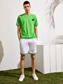 Men Neon Green Maple Leaf Print Tee With Shorts