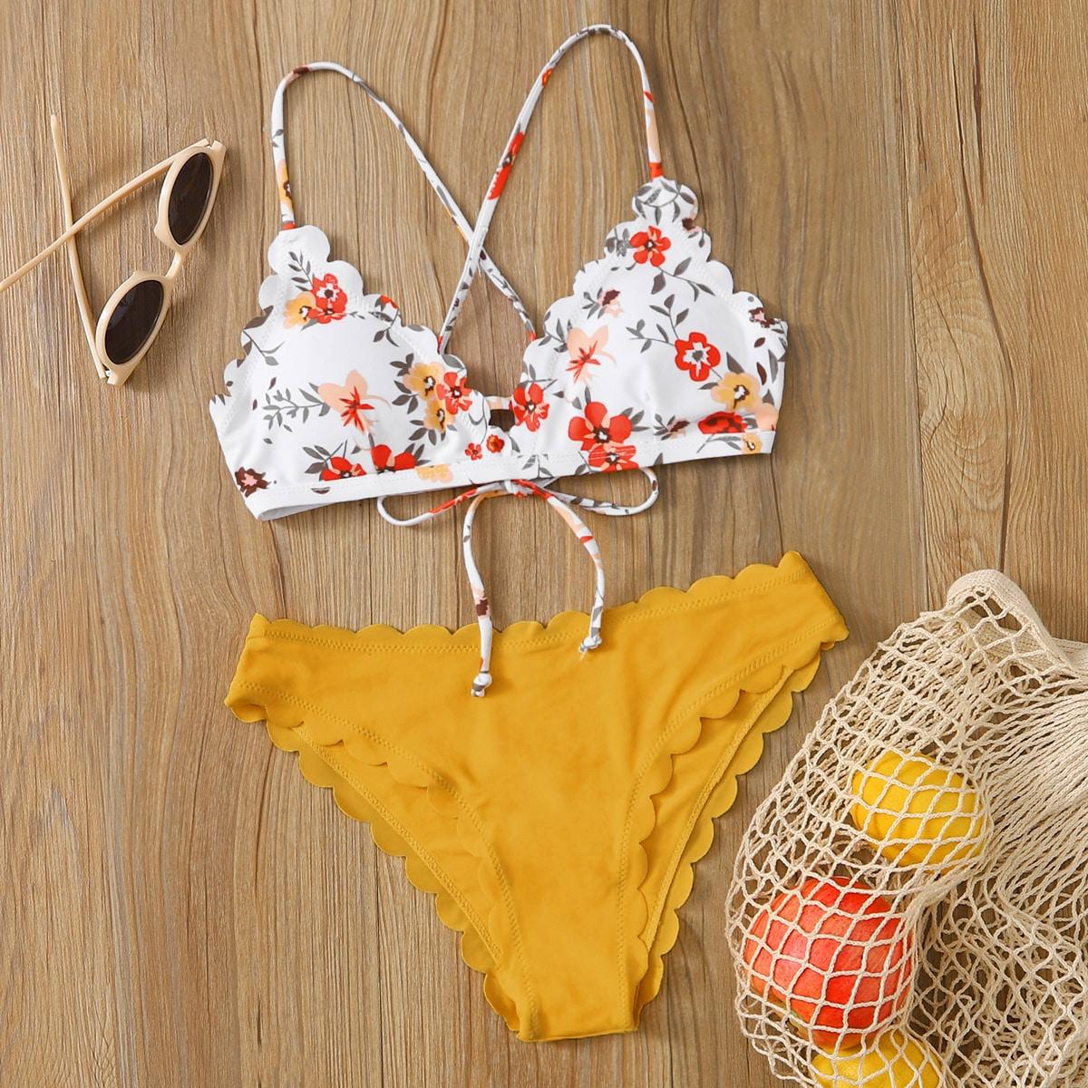 SHEIN / Bañador bikini de espalda con cordón ribete en abanico floral