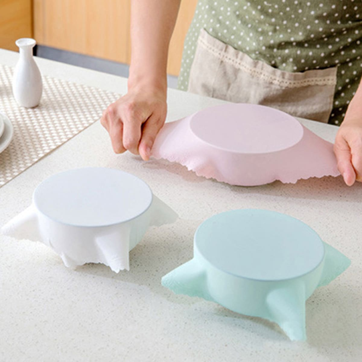 SHEIN / 1pc Silicone Sealed Bowl Wrap