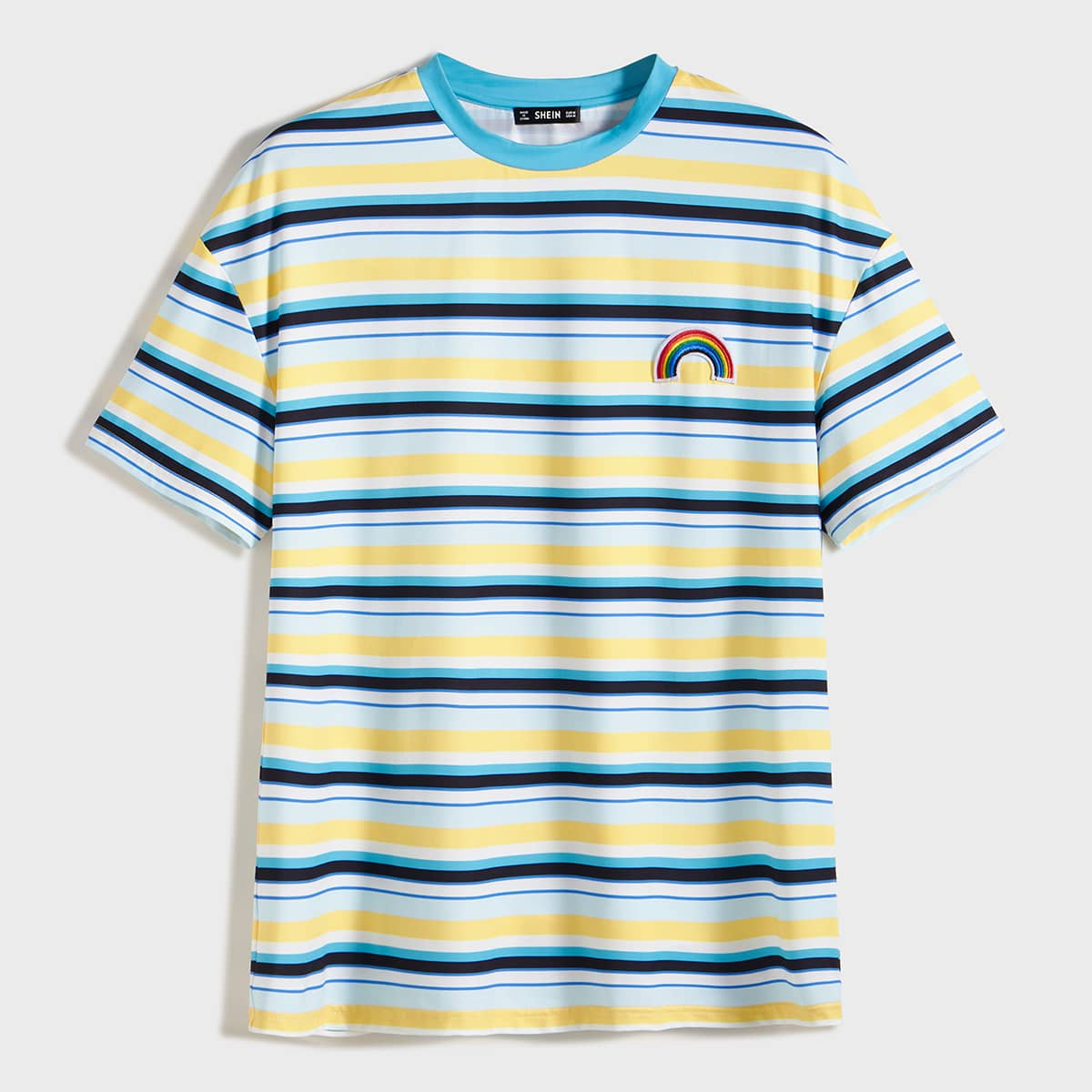 Мужская полосатая футболка с заплатой радуги фото