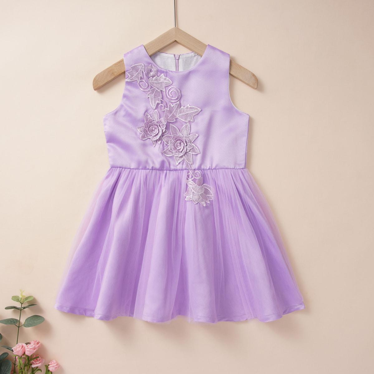 SHEIN / Mädchen Kleid mit Blumen Applikation und Netzstoff