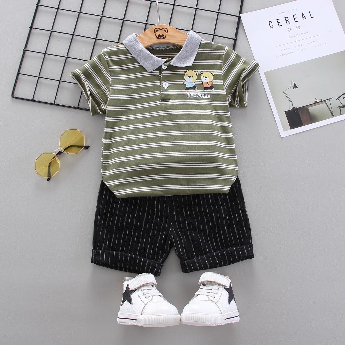 Шорты и рубашка-поло в полоску с мультяшным принтом для мальчиков фото