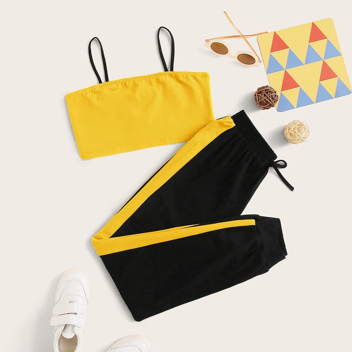 Короткий топ и контрастные спортивные брюки для девочек от SHEIN