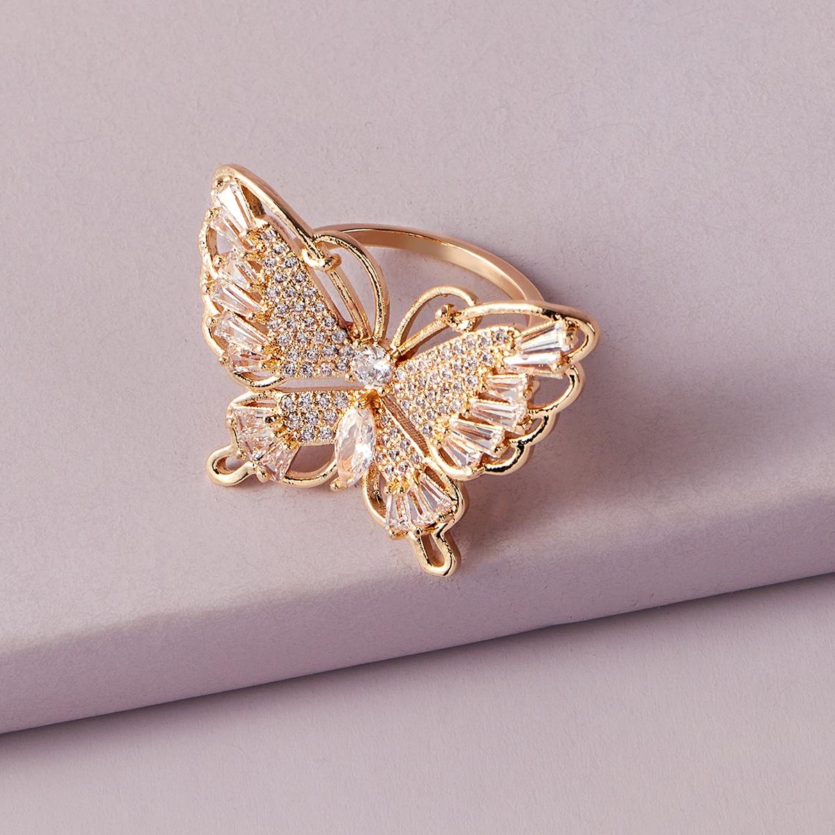 Кольцо с бабочкой и стразами 1шт фото