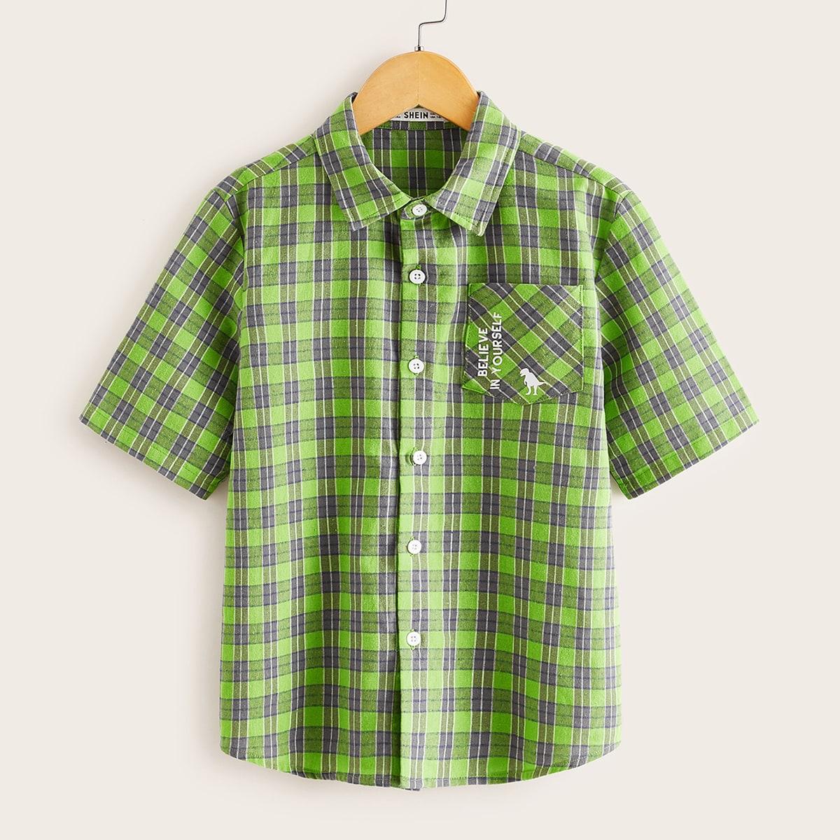 Рубашка в клетку с текстовым принтом и карманом для мальчиков от SHEIN