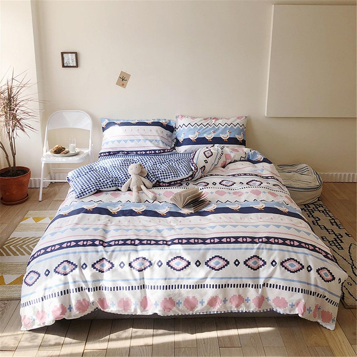 Комплект постельного белья с геометрическим принтом без наполнителя фото