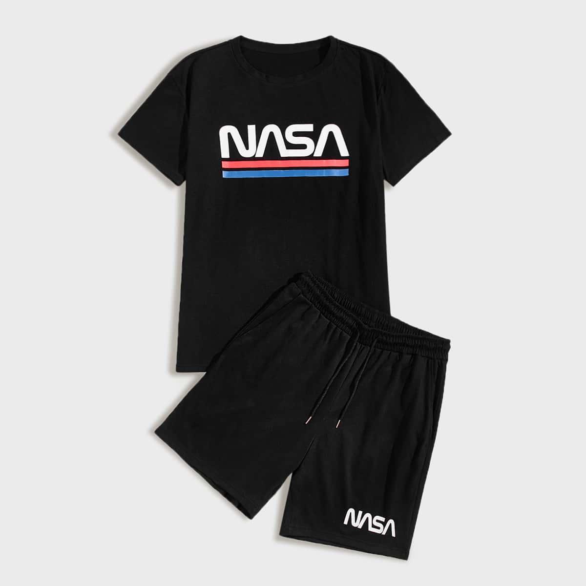 Мужские шорты и футболка с текстовым принтом фото