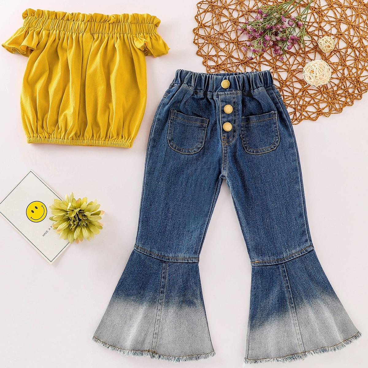 Расклешенные джинсы и топ с оригинальным рукавом для девочек от SHEIN