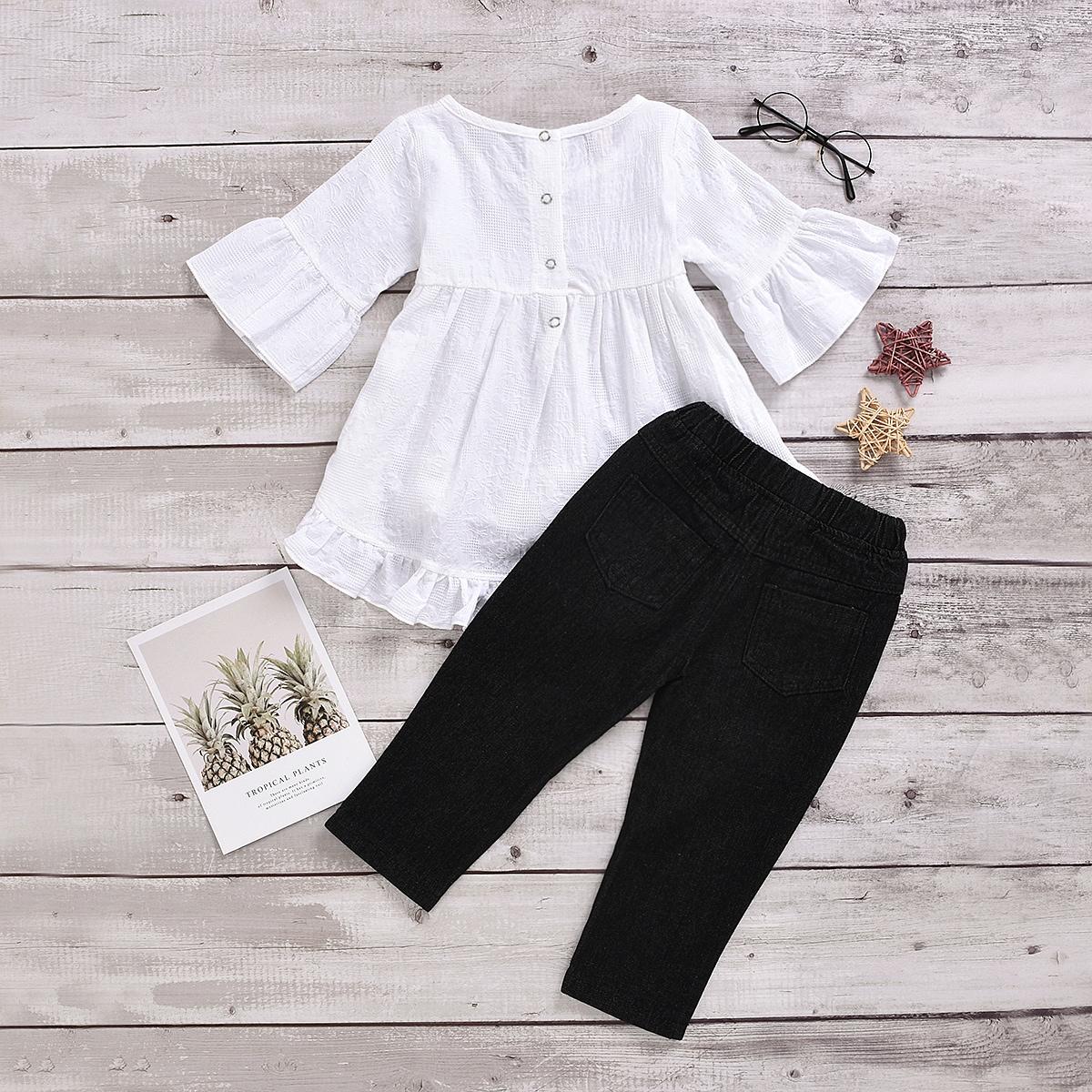 Блузка и джинсы с цветочным принтом для девочек от SHEIN