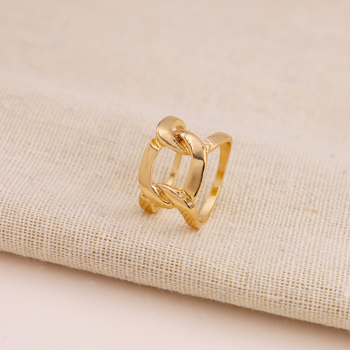 Полое кольцо фото