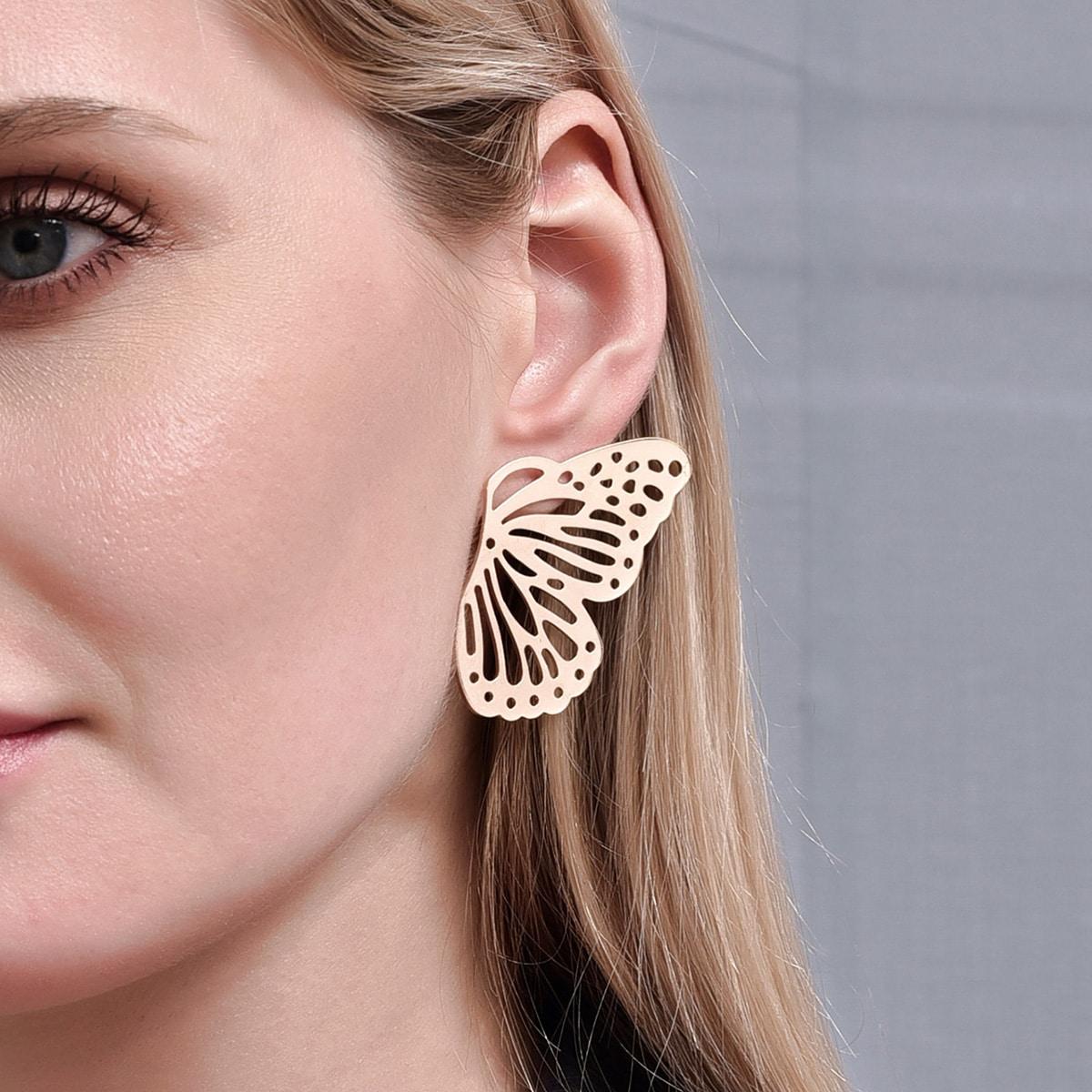 Серьги-гвоздики с бабочкой фото
