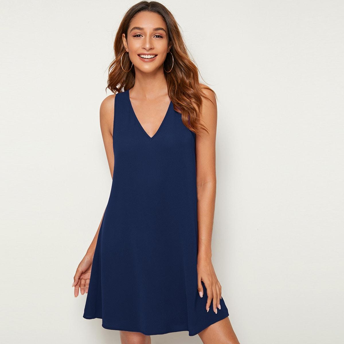 Платье без рукавов с v-образным вырезом фото