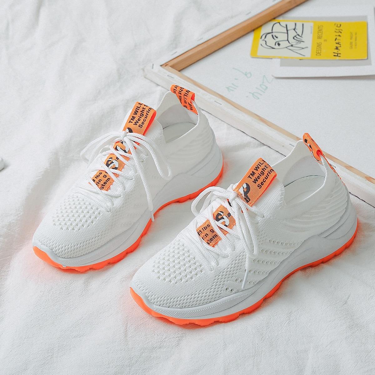 Кроссовки на шнурках с принтом от SHEIN