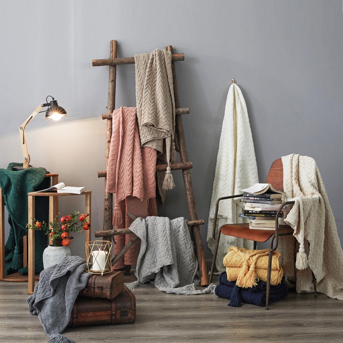 1pc Tassel Decor Knitted Blanket