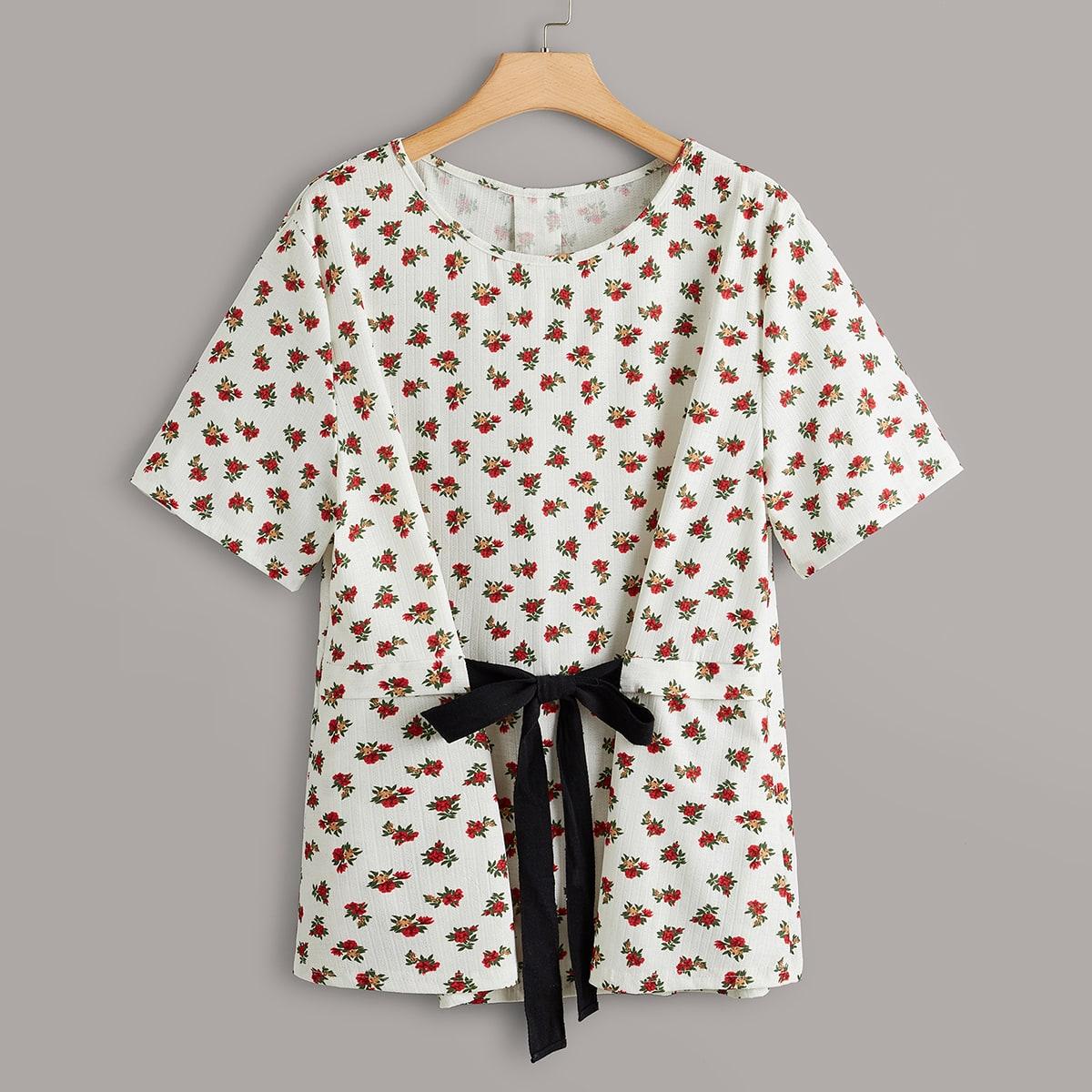 SHEIN / Bluse mit Blümchen Muster und Knoten