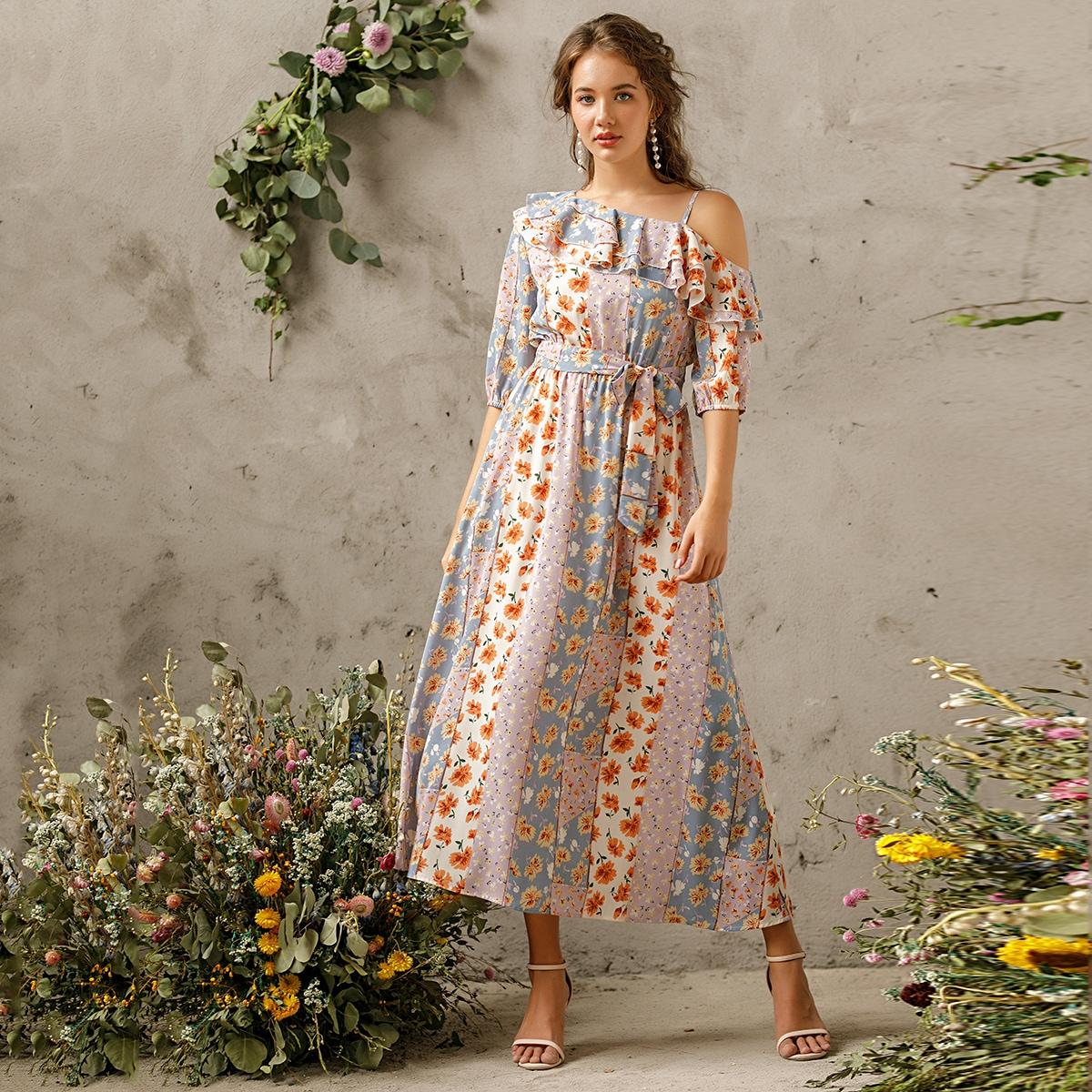 Платье с оборками и цветочным принтом, поясом фото