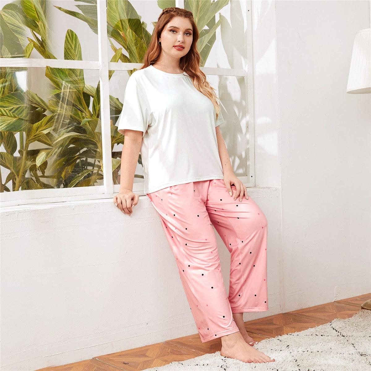 Пижама размера плюс в горошек с коротким рукавом фото