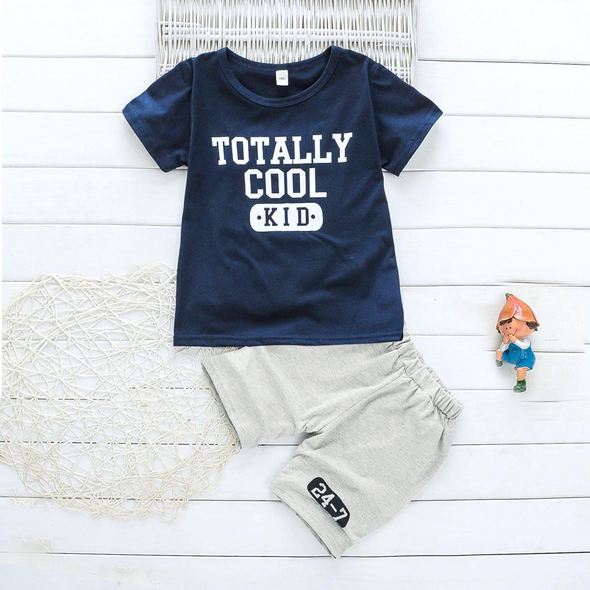 Шорты и футболка с текстовым принтом для мальчиков от SHEIN