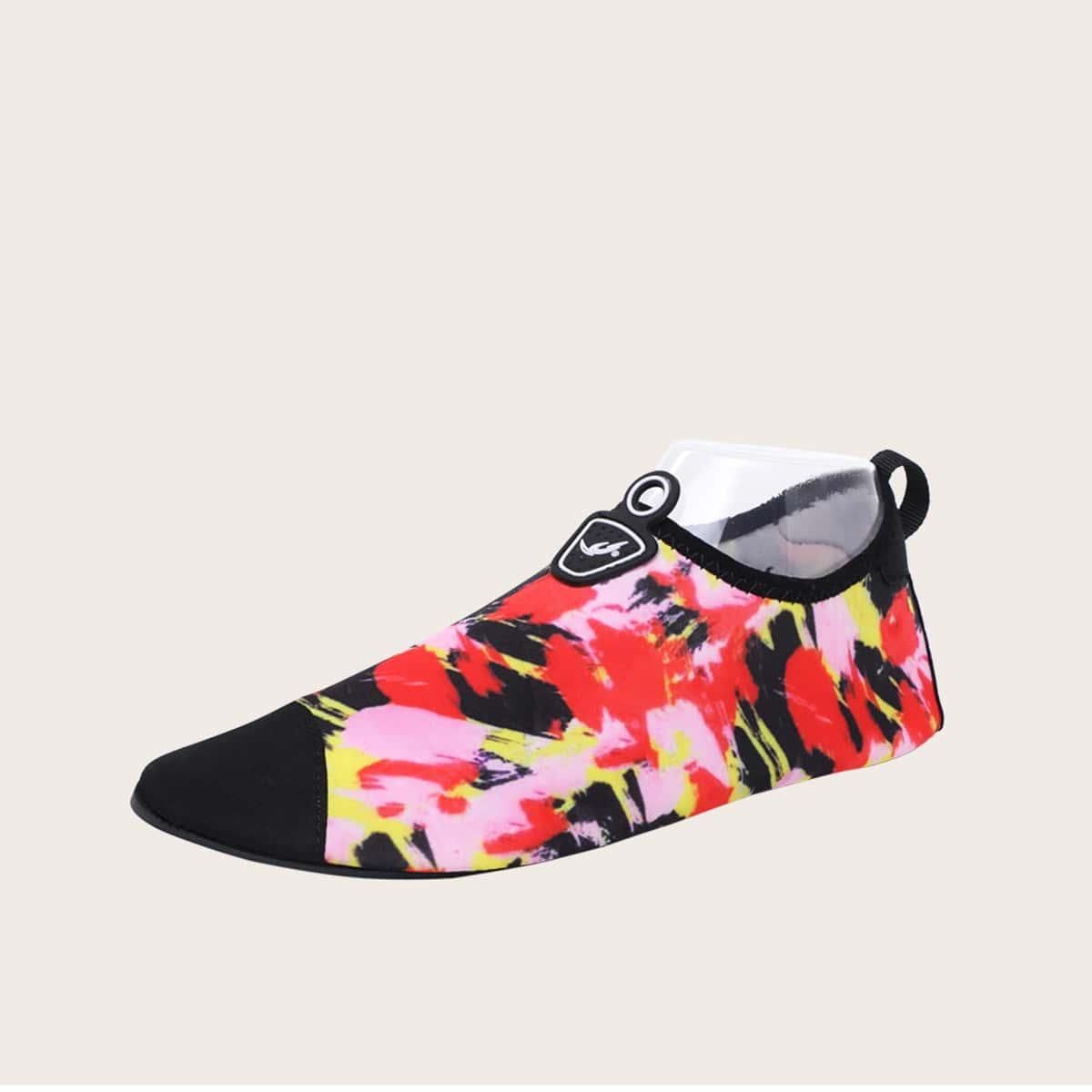 Обувь для мальчиков с цветными блоками фото